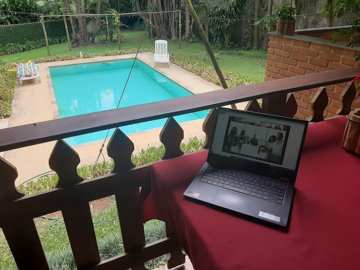 "É ""Home Office"" ou Férias? Difícil saber!"