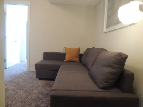 Exquisite One Bedroom Apartment in NW