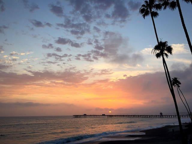 San Clemente Charmer - Views & Walk to Beach! #A