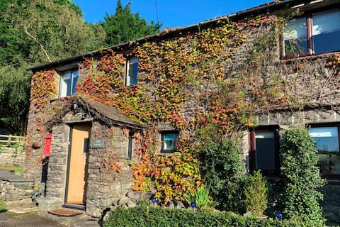 Fell Cottage – Gorgeous Luxury Lake District Gem