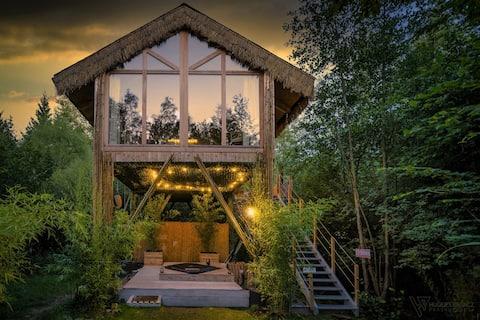 Cabane dans les arbres - jaccuzi