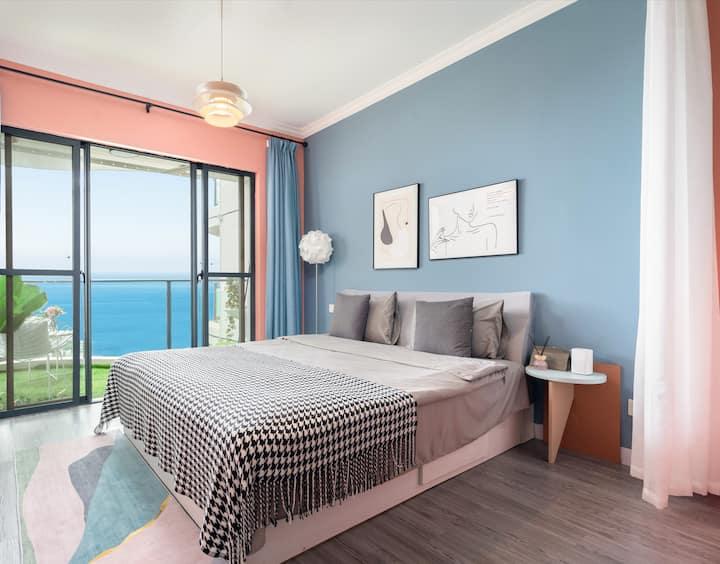 【盛夏】 海景一居室 躺在床上看海/椰梦长廊/蒸汽波朋克风格/出门就是大海与沙滩 /
