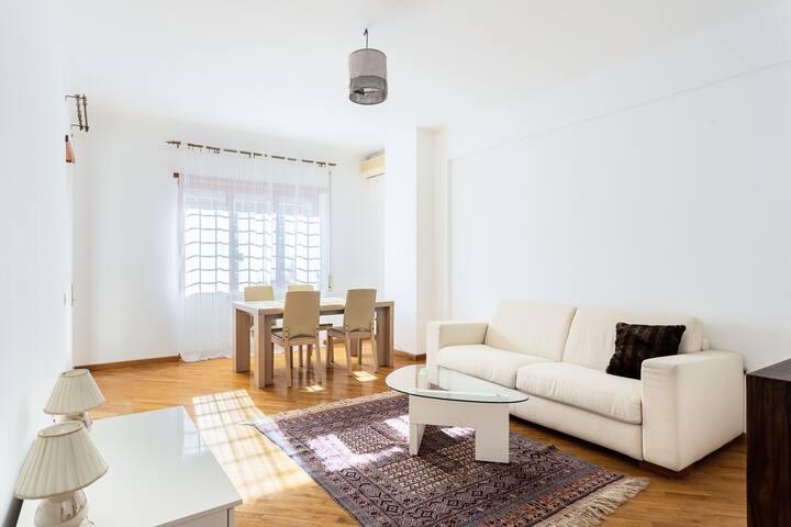 Charming Grottaferrata: Bright and Quiet Apartment