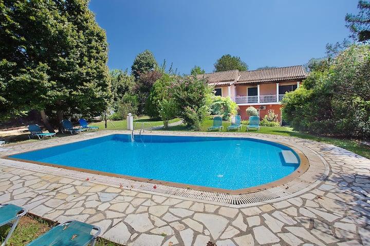 Villa in Sidari with Private Pool And Sea Views