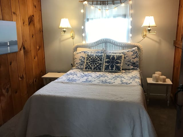 Bedroom 2 with has a full bed with a new memory foam mattress
