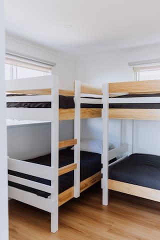 2 x bunk beds