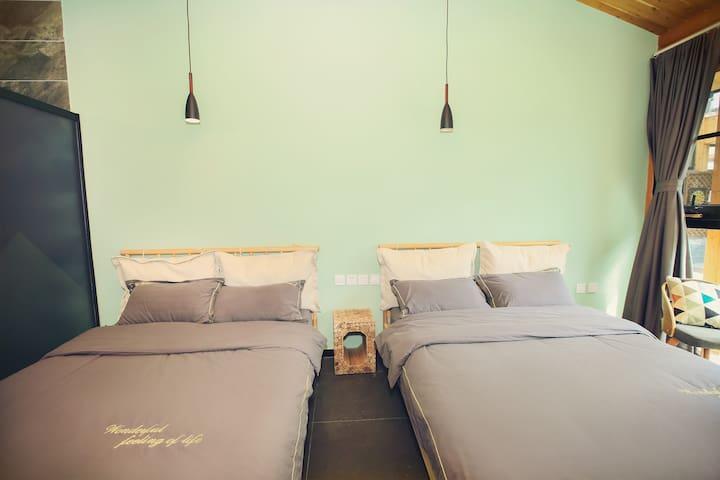 1.5*2米双人床两张