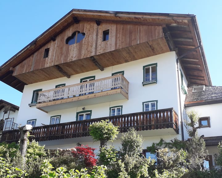 A rural house with a view in Cortina