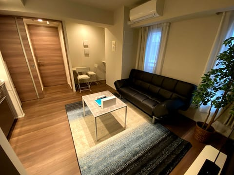 Twin beds with living room! 8min walk from GINZA!
