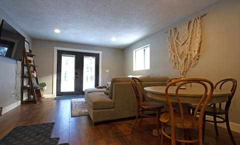 1bdrm Private Guest Suite 20min To Bend Or Mt.B