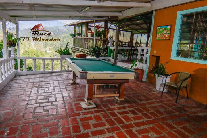Casa de Campo en la montana en Caldas Antioquia.