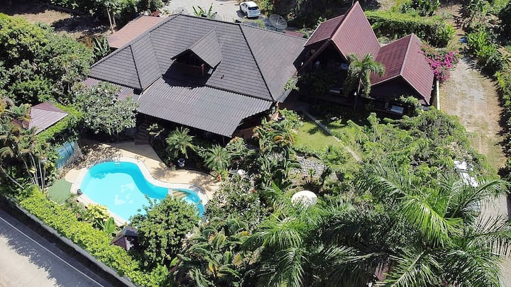 Boutique Homestay & 2 Bungalows + Personal service