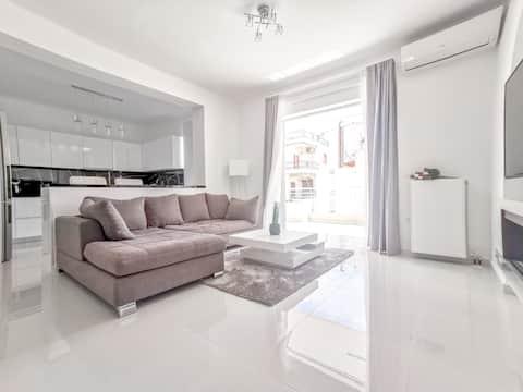 New Luxury Apartment at Marina Patras