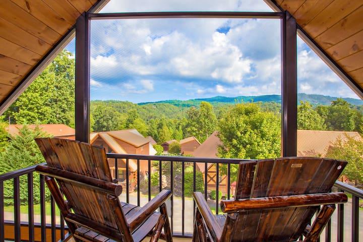 Treetip Lodge