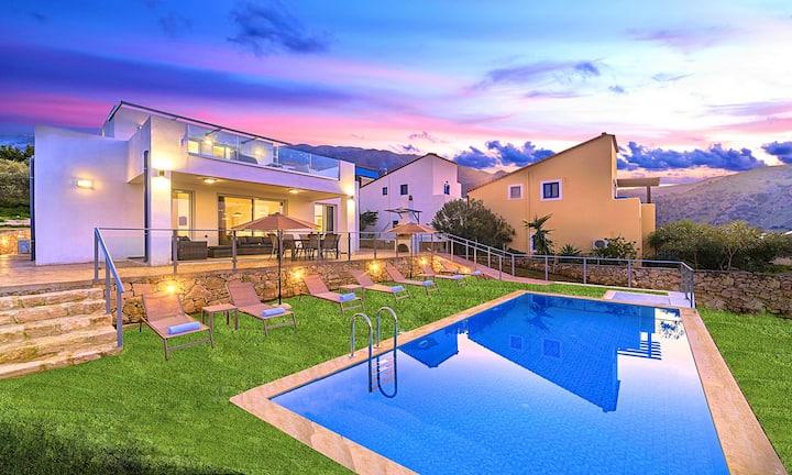 Costa Maris Villa with Private Swimming Pool