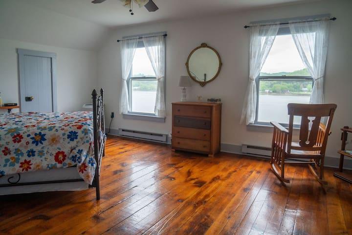 Riverview from the Bedroom Door looking north!
