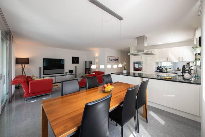 Moderne Premium 3.5 Zimmer Wohnung in Davos Dorf