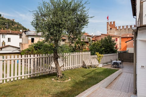 Big house with castle view in Veneto M0240570032