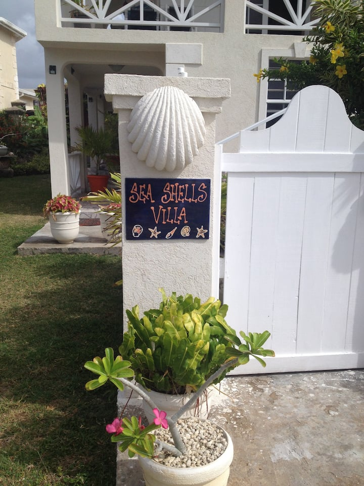 "Sea Shells Villa...""Be on the water all day"""