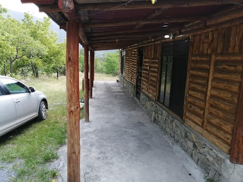 Cabaña Mont-Royal en Laguna de Sanchez