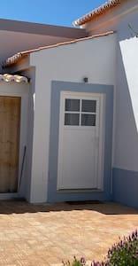 The Villa entrance door measures 100 cm width by 200 cm height.
