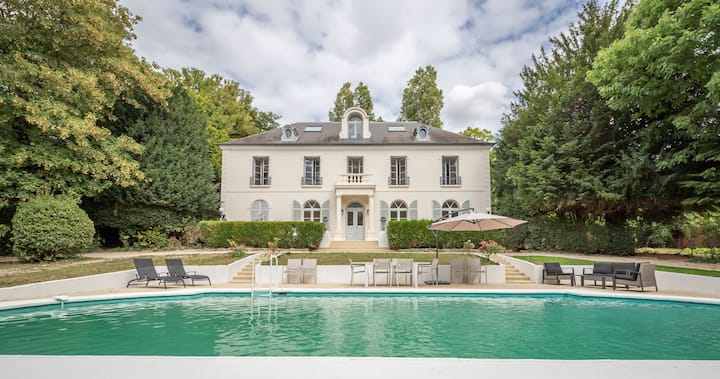 Smart Lodge Villa avec piscine en bords de Marne