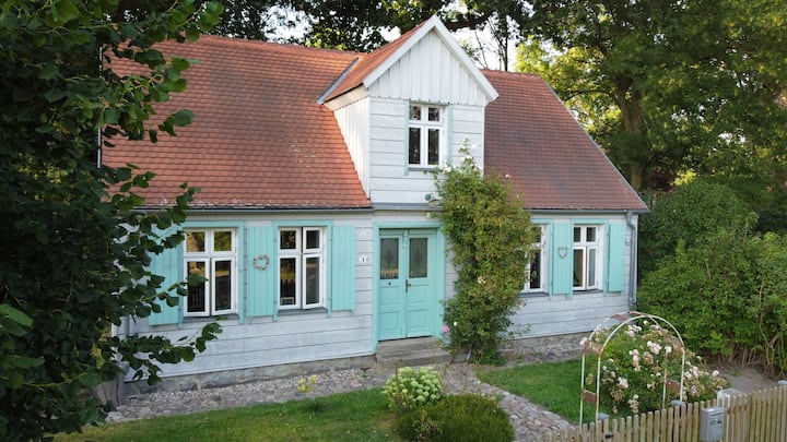 Gemütliches Zimmer in 100 Jahre altem Lehmhaus