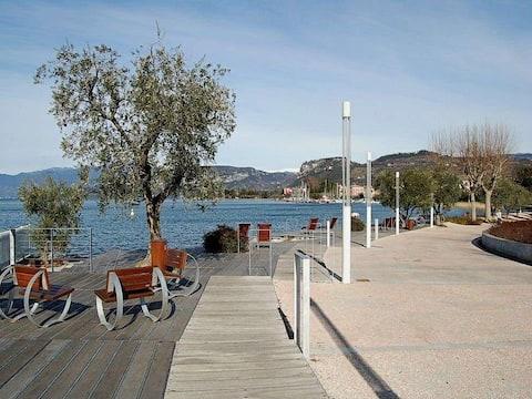 EasyFlat Gallia   50m from Garda Lake
