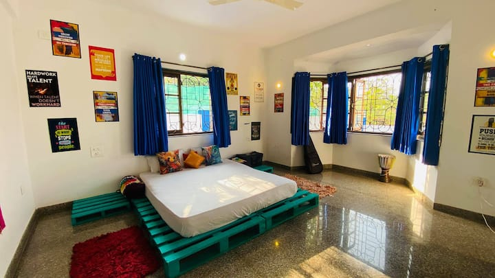 boho style private room with breakfast anjuna