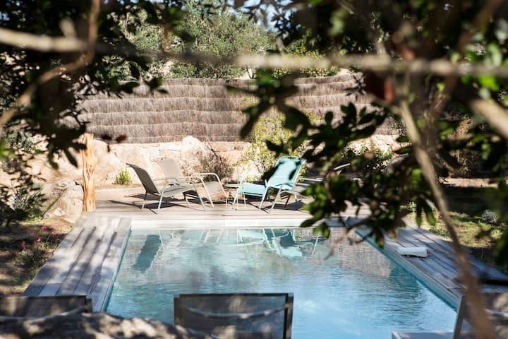 Confortable bergerie 3 chambres, piscine privée