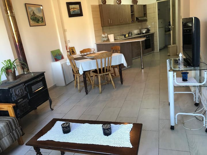 Long Sleep House | 2BDR | Right in the Center