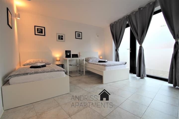 ✪ Andriss Apartments - großes Zweibettzimmer ✪