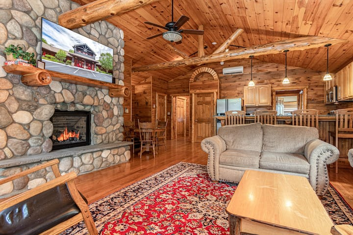 Eagle's Nest - The Alpine Lodge