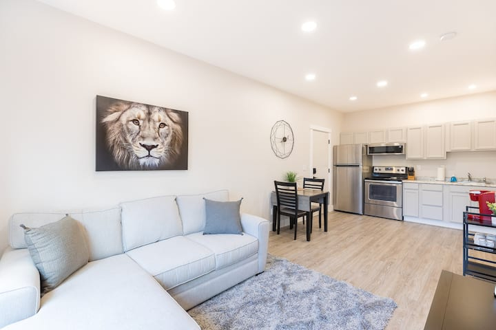 Updated Private Apartment in Downtown Great Falls