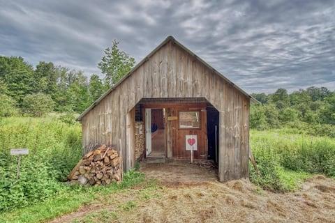 Chicken Barn Cabin on Beautiful Farm with Sauna