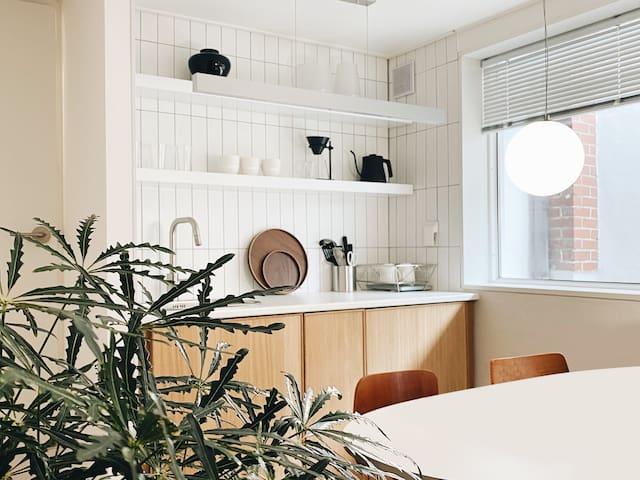 [Best] 우리만의 공간에서 예쁜 추억만들기. 감성숙소, 종로위치, 2룸