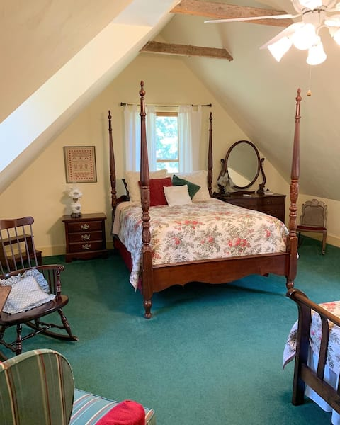 The Inn at Frog Hollow Room #2
