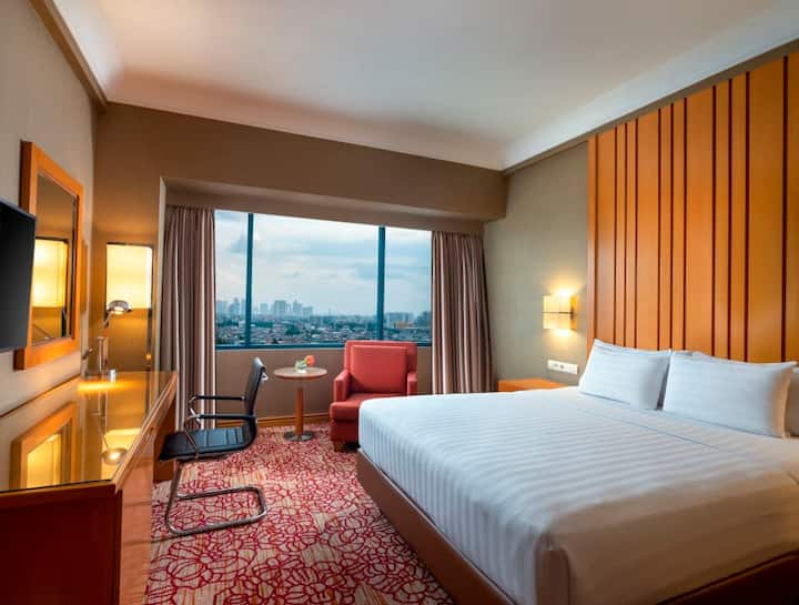 Deluxe Room Only at Hotel Ciputra Jakarta