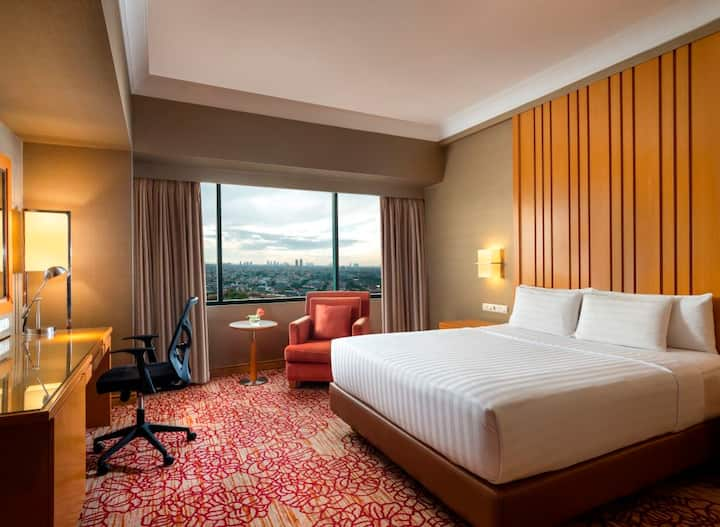 Deluxe Room with Breakfast at  Ciputra Jakarta