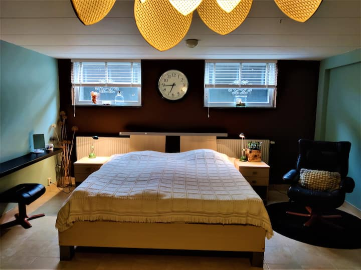 Two cozy rooms located right outside city-centre