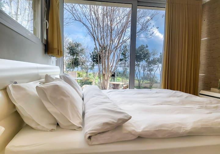 Gili's Sea View Luxury House
