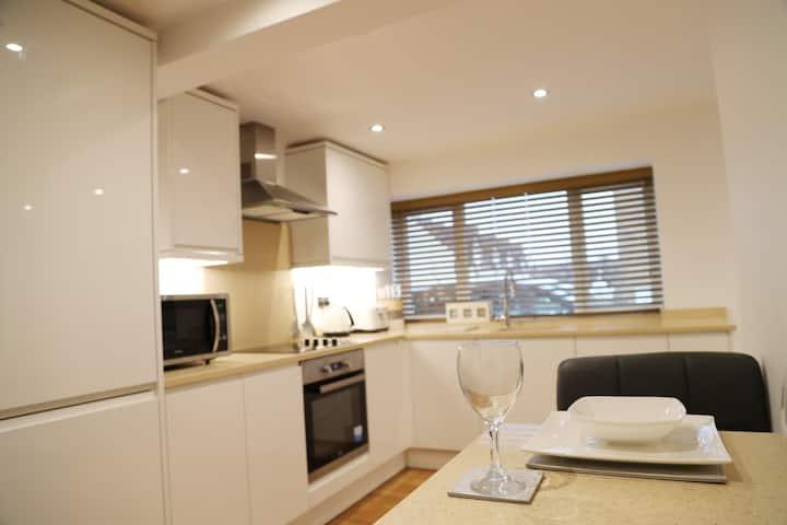 New One Bed Apartment, Hemel Hempstead, Old Town
