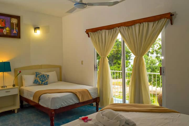 Hotel Mirador + Acceso al Club de Laguna