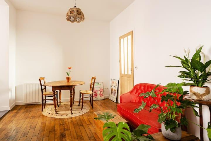 Charming home, north of 18th arrondissement, Paris