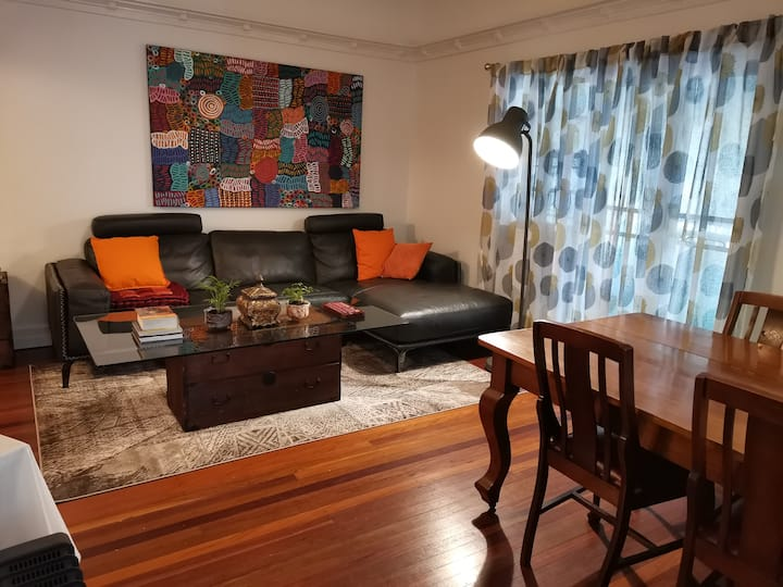 Stylish private flat, own everything patio c'port