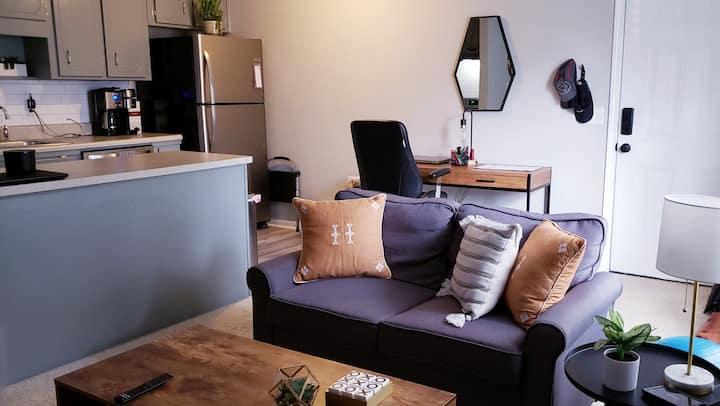 Monthly Stylish Apartment B3