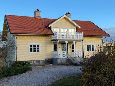 Stort hus på landet
