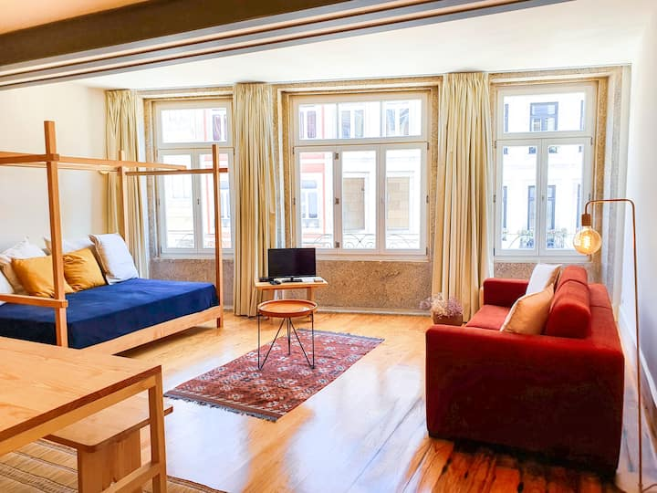 Spacious flat with great view in the best of Porto