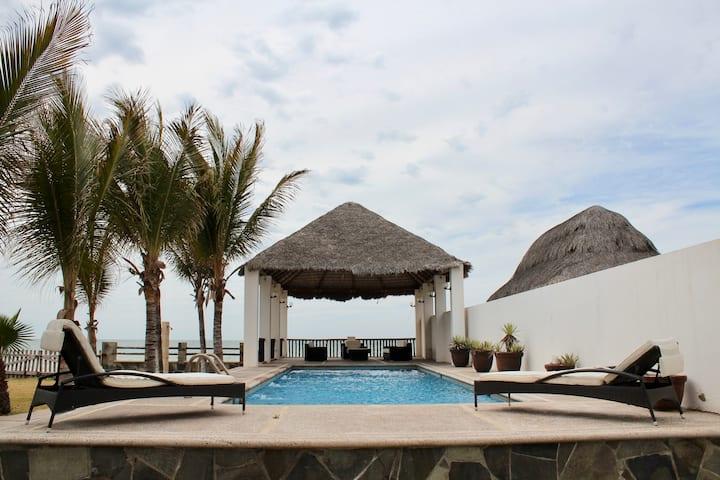 Casa de playa con alberca