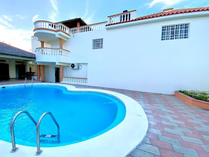 Salina's Beach house- BANI